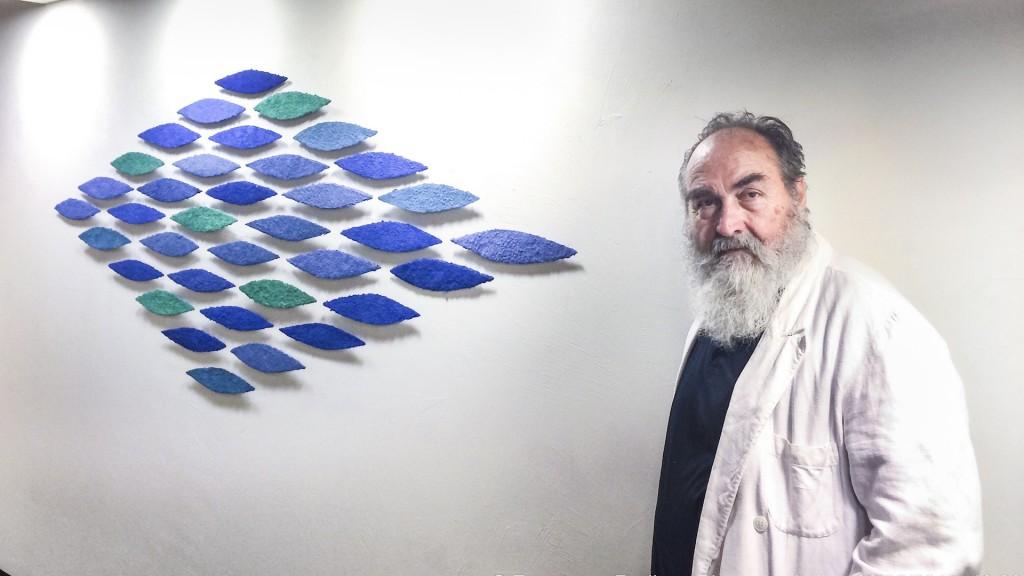 Unter dem Titel Dialogo sull'amiczia zeigen Helmut Dirnaichner und der Fotograf Francesco Radino ihre Werke in der Galleria Biffi Arte in Piacenza 2014.