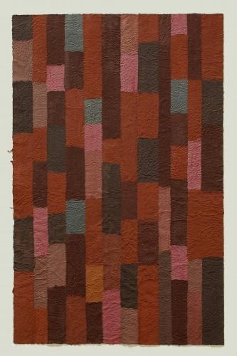 Zinnober ist ein Werk von Helmut Dirnaichner aus dem Jahr 2005 mit Zinnober, Eisenoxid, Hämatit, Jaspis, Erde und Zellulose geschöpft.