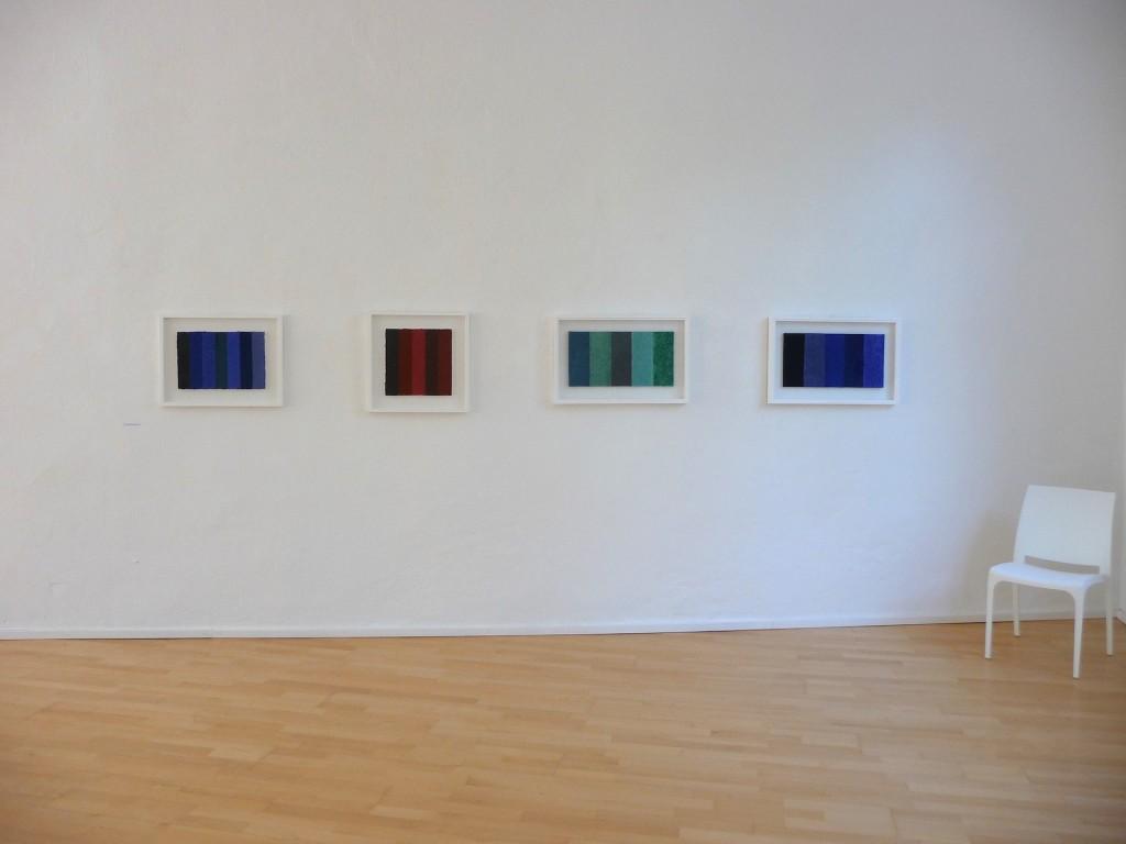 Werke von Helmut Dirnaichner in der Ausstellung aspekt material in der galerie konkret, Sulzburg
