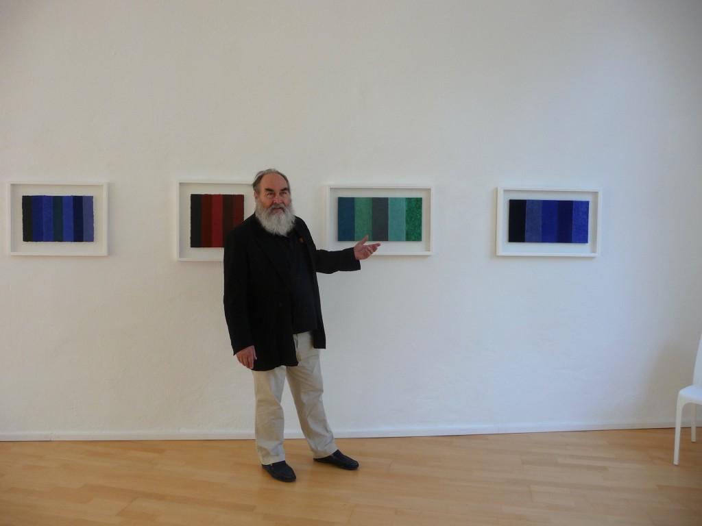Helmut Dirnaichner ist an der Ausstellung Aspekt material in der galerie konkret in Sulzburg beteiligt
