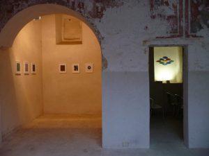 Auf Einladung von Medusa Art und Craft zeigt Helmut Dirnaichner seine Werke im ex Convento degli Angeli in Presicce 2017.