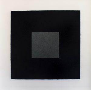 Vivianit gebranntes Elfenbein ist ein Werk von Helmut Dirnaichner aus dem Jahr 2001