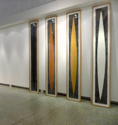 Naupàn - Vier Pfade ist ein vierteiliges Werk von Helmut Dirnaichner aus dem Jahr 1988, mit mexikanischen Erden, Asche vom Vulkan Paricutín und Sumpferde geschöpft
